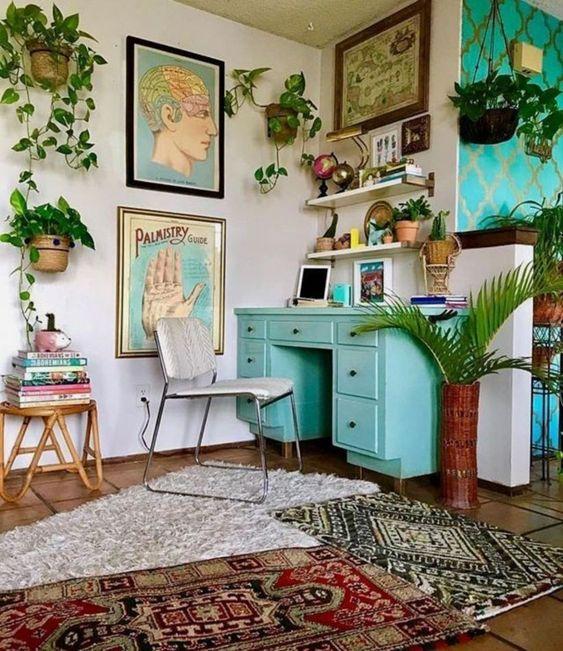 relooking meuble vintage bureau, meuble peint bureau, meuble retro
