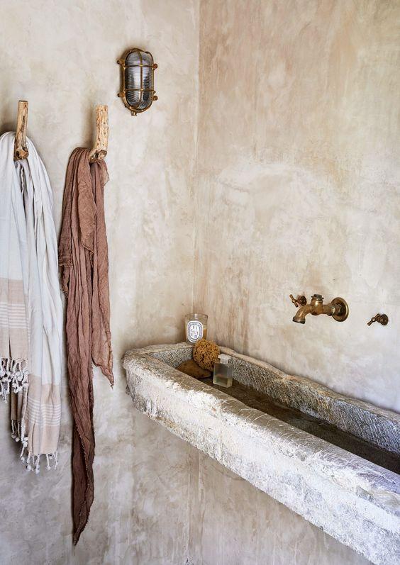 vasque auge, vasque en pierre, lavabo en pierre ancien