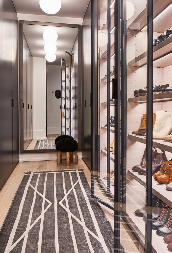 aménager un dressing dans un couloir